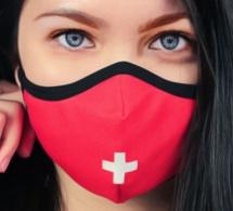 """Le Masque Suisse : pour ceux qui veulent arborer leur """"suissitude"""" jusqu'au bout"""