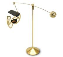 MAD Gallery : une Ornithopter Gold en édition limitée à 200 exemplaires