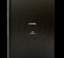 Chanel J12 Automatic : N. Foulkes retrace le fabuleux destin de la première montre noire et mixte