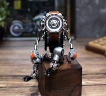 Robotoy : votre repose-montre en mode robot