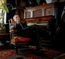 A couteaux tirés : Daniel Craig porte une Omega vintage Seamaster Deville