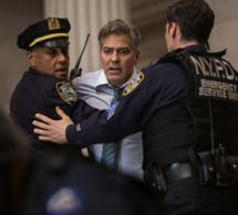 Money Monster : Georges Clooney porte une Speedmaster en or jaune